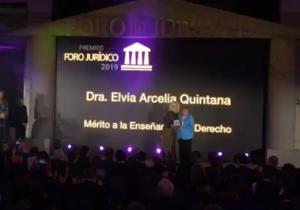 Distinguen a la Doctora Elvia Arcelia Quintana